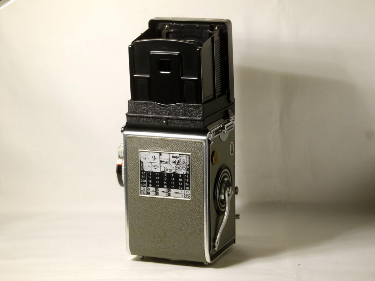 ローライ3.5T グレー テッサー75mmF3.5付